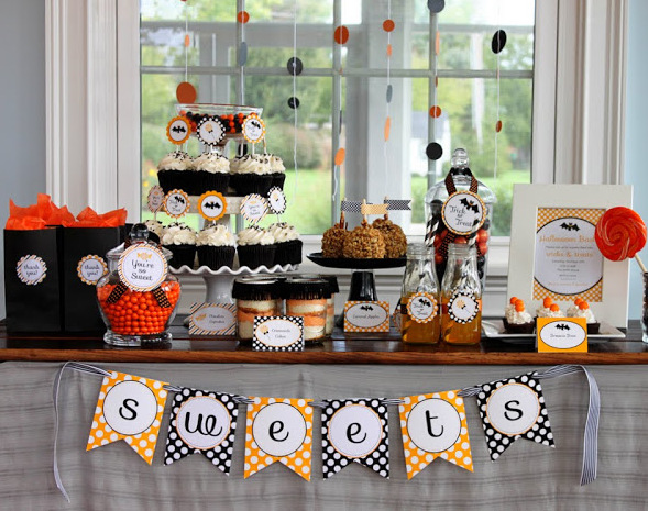 08-trick-or-treat-youre-so-sweet-halloween-party