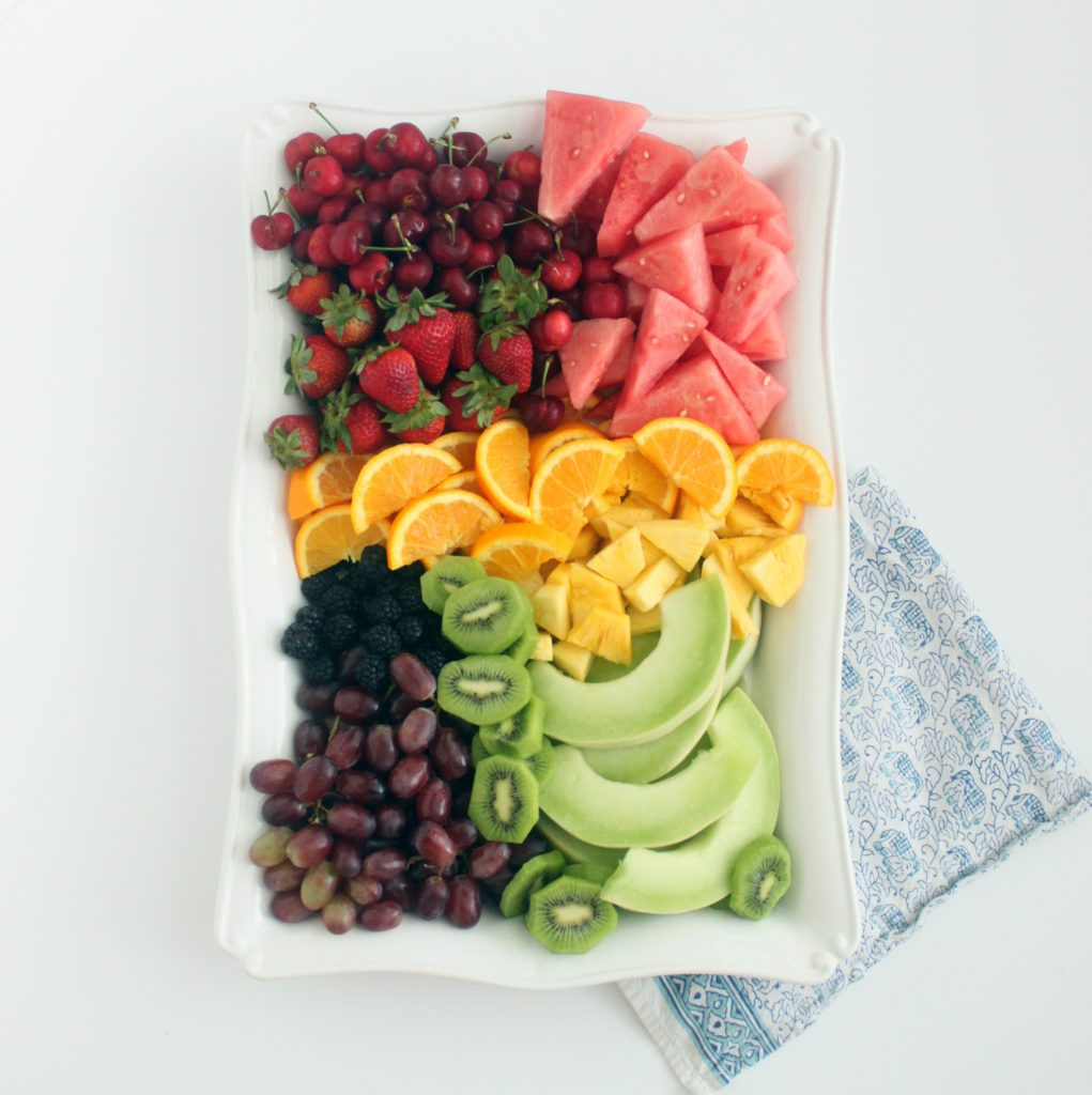 how_to_build_a_fruit_tray_mirabellecreations