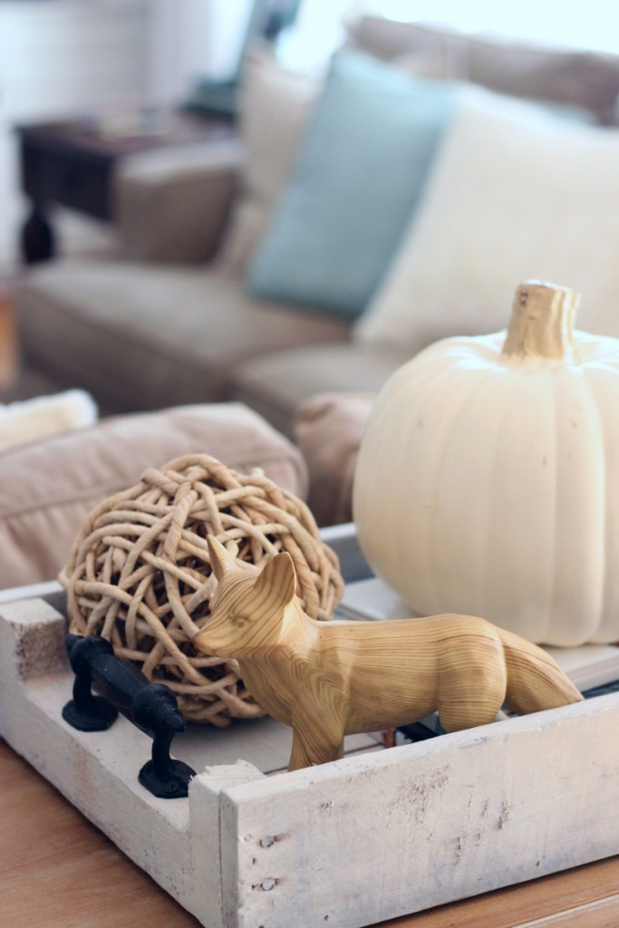 fall-living-room-mirabelle-creations-02